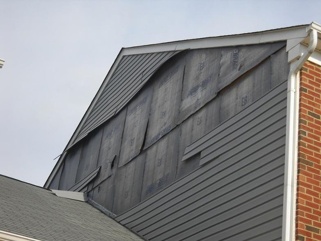 Damaged Siding Repair & Replacement