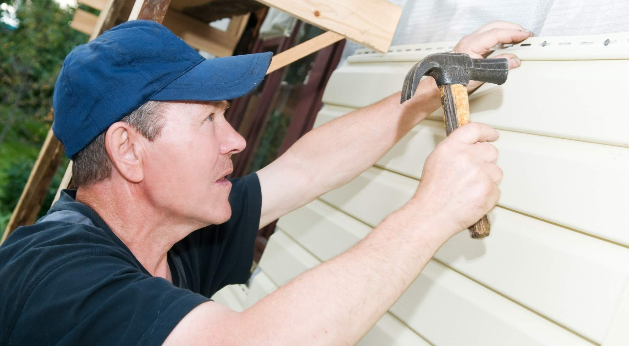 how much does it cost to install hardie board siding